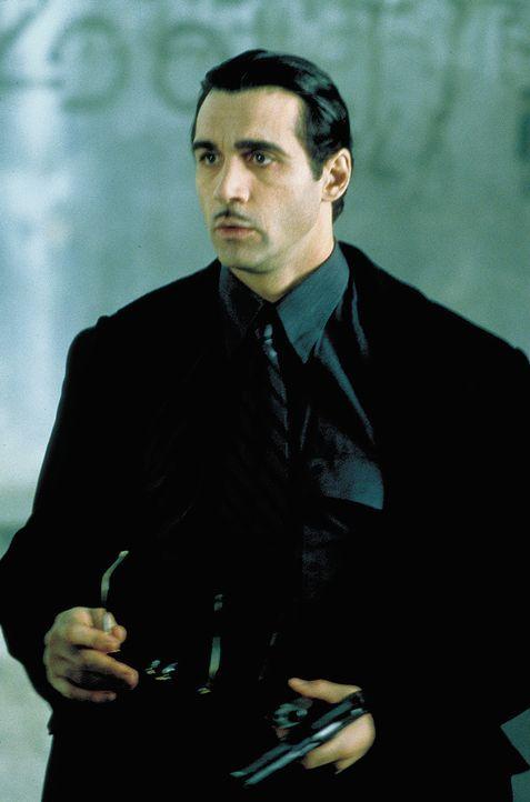 In seinem menschlichen Leben zur Zeit der Naziherrschaft war Aaron Gray (Adrian Paul) ein polnischer Jude, der seine Unsterblichkeit von einem gehei... - Bildquelle: 2004 Sony Pictures Television International. All Rights Reserved.