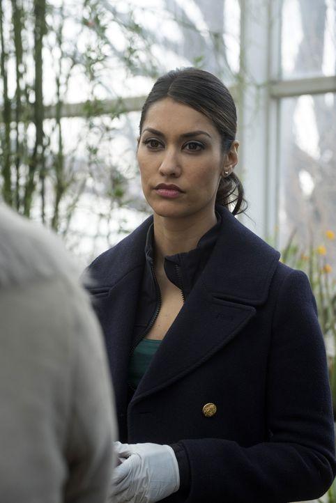 Muss gemeinsam mit ihren Kollegen, einen neuen Mordfall aufdecken: Meredith (Janina Gavankar) ... - Bildquelle: Warner Bros. Entertainment, Inc.