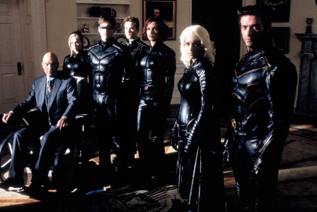Versuchen, die Mutanten vor Stryker zu retten: Professor X (Patrick Stewart), Rogue (Anna Paquin), Cyclops (James Marsden), Iceman (Shawn Ashmore),... - Bildquelle: 20th Century Fox International Television