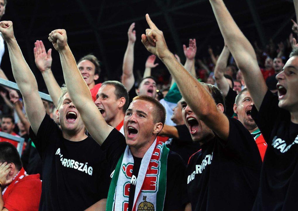 Fußball-Fan-Ungarn-151008-AFP - Bildquelle: AFP