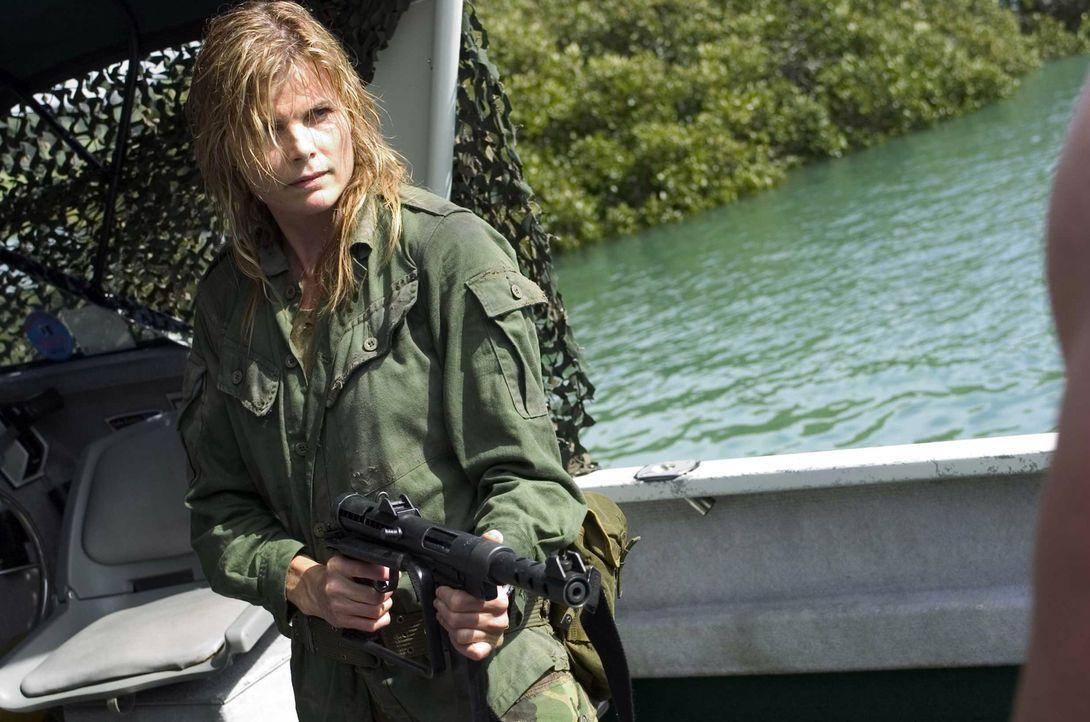 Fackelt nicht lange: Geheimagentin Sergeant Major Lynn Delaney (Mariel Hemingway, r.) ... - Bildquelle: Regent Entertainment