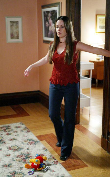 Mittels eines uralten Zauber, wird Piper (Holly Marie Combs) plötzlich blind ... - Bildquelle: Paramount Pictures