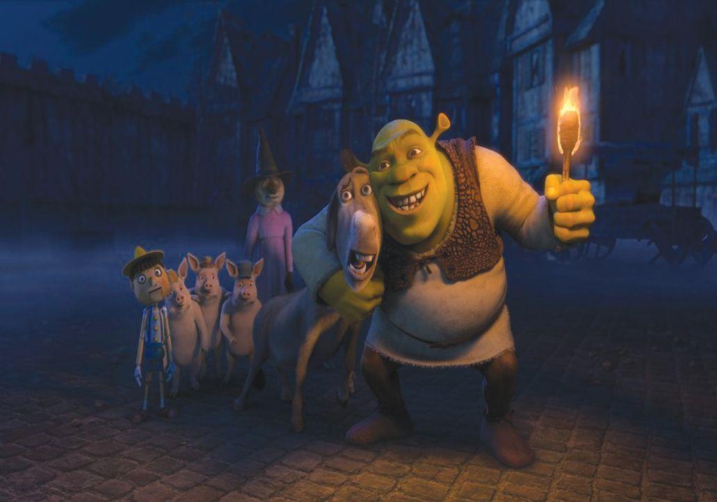 Bei einem Gruselgeschichten-Wettbewerb auf Lord Farquaads verlassenem Spukschloss Duloc wollen Shrek (r.) und seine Freunde den wahren Könige von Ha... - Bildquelle: 2010 DreamWorks Animation LLC. All Rights Reserved.