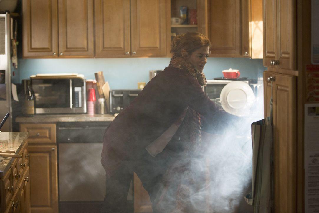 In ihrem Leben geht es turbulent zu: Laura Diamond (Debra Messing) ... - Bildquelle: Warner Bros. Entertainment, Inc.
