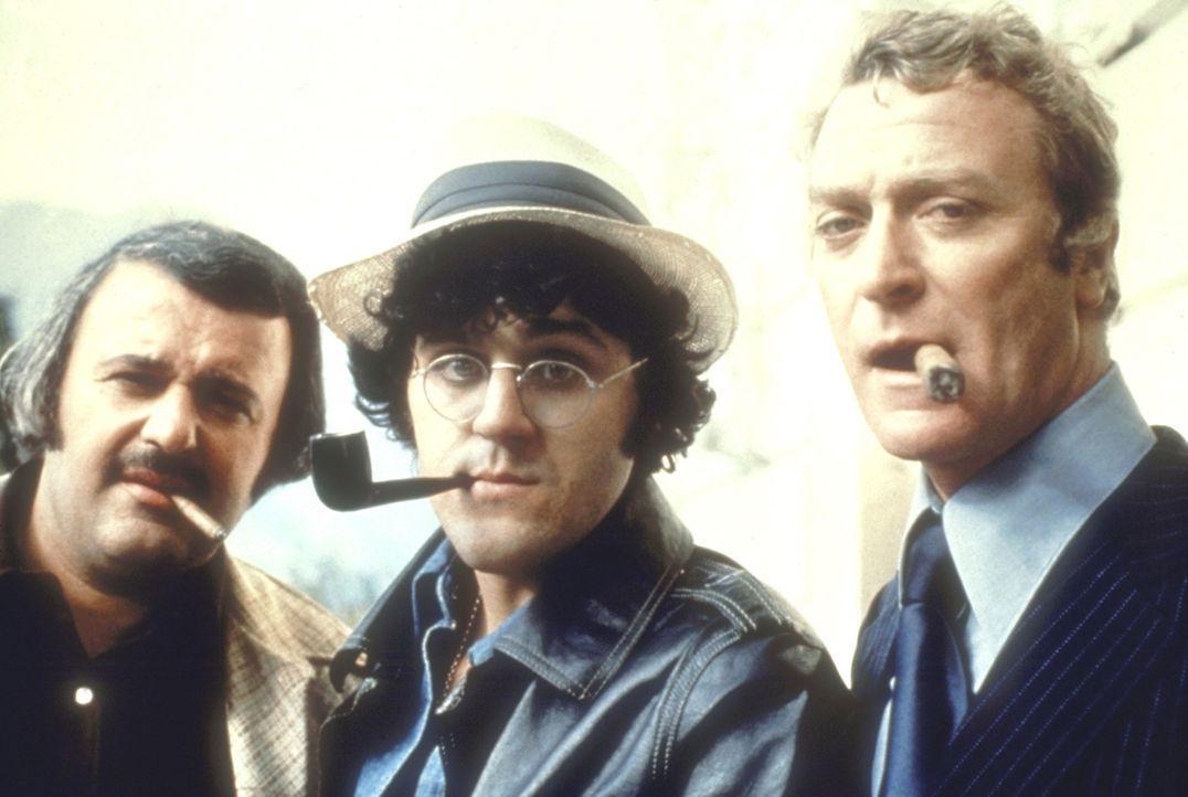 Doc Fletcher (Michael Caine, r.), Albert Fiore (Jay Leno, M.) und Marvin Skinner (Tony Mascia, l.) sind entsetzt, als sich die von ihnen gekaufte Ba... - Bildquelle: Columbia Pictures