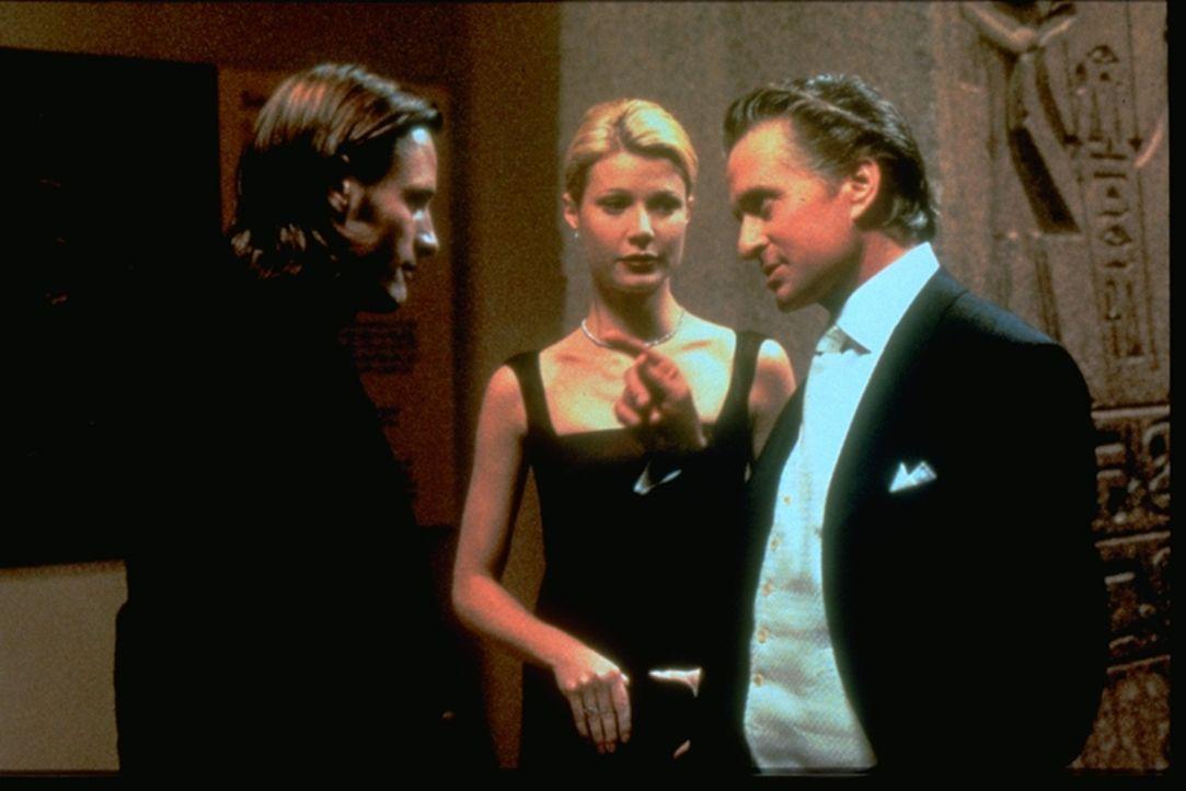 Seit geraumer Zeit betrügt Emily (Gwyneth Paltrow, M.)ihren Ehemann, den Börsenmakler Taylor (Michael Douglas, r.), mit dem Künstler Shaw (Viggo Mor... - Bildquelle: Warner Brothers International Television Distribution Inc.