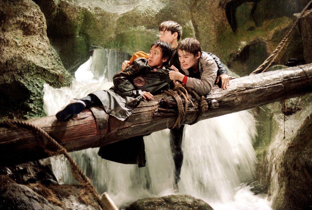 Der Weg zum Schatz ist gefährlich: Felsbrocken sausen herab, reißende Flüsse versperren den Weg, in freiem Fall geht es tiefe Schächte hinunter. Doc... - Bildquelle: Warner Bros.