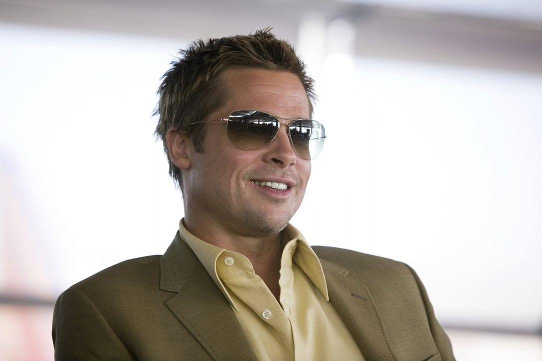 Rusty Ryan (Brad Pitt) will die Geräte von Banks neuem Casino so manipulieren, so dass jeder gewinnen kann ... - Bildquelle: TM &   Warner Bros. All Rights Reserved