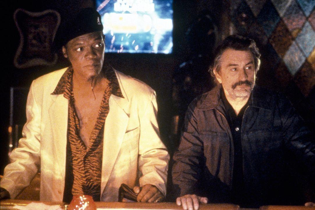 Ordell Robbie (Samuel L. Jackson, l.); Louis Gara (Robert De Niro) - Bildquelle: Miramax Films