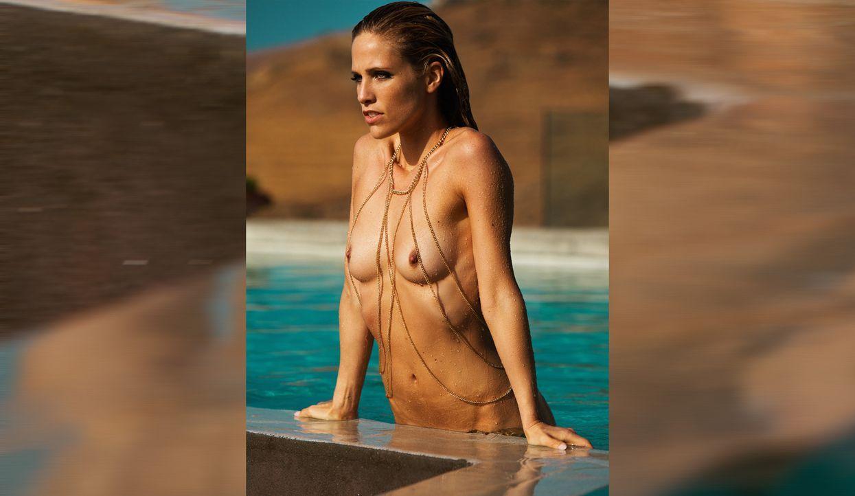 Sissi Fahrenschon - Bildquelle: Jeff Ford für Playboy März 2015