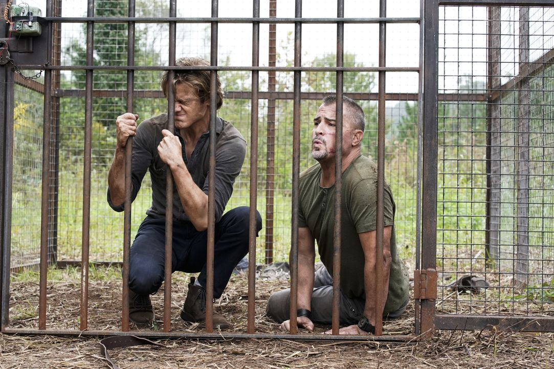 MacGyver (Lucas Till, l.); Jack Dalton (George Eads, r.) - Bildquelle: Jace Downs 2018 CBS Broadcasting, Inc. All Rights Reserved / Jace Downs