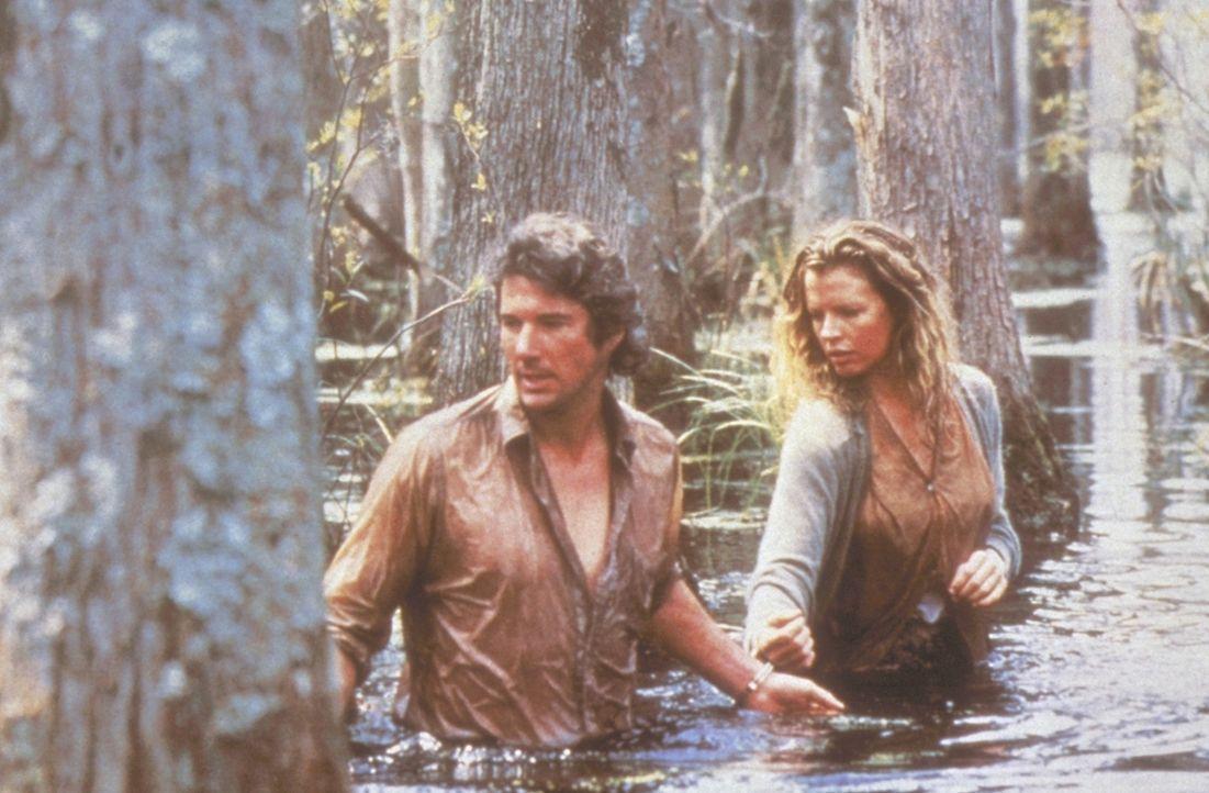 Obwohl Eddie (Richard Gere, l.) eine rührende Story präsentiert bekommt, hat er so seine Zweifel an der Aufrichtigkeit von Michels (Kim Basinger,... - Bildquelle: TriStar Pictures