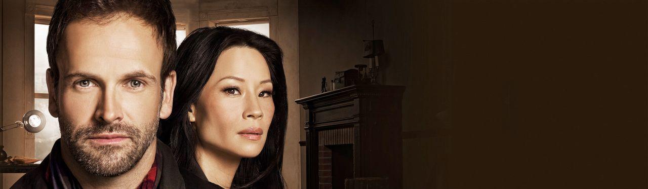 (1. Staffel) - Lösen Kriminalfälle auf höchst eigenwillige Weise: Sherlock Holmes (Jonny Lee Miller, l.) und Joan Watson (Lucy Liu, r.) ... - Bildquelle: CBS Television