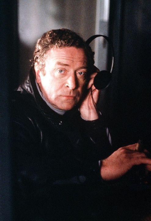 Ein paar seltsame Umstände bringen John Preston (Michael Caine) dazu, Ermittlungen aufzunehmen ... - Bildquelle: Lorimar