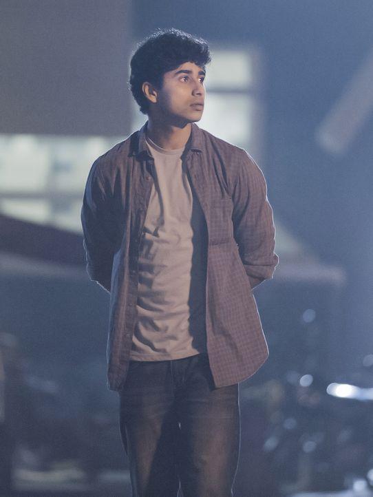 Hat Aayan (Suraj Sharma) etwas zu verbergen? Carrie und ihr Team beschatten ihn, um Informationen zu bekommen ... - Bildquelle: 2014 Twentieth Century Fox Film Corporation