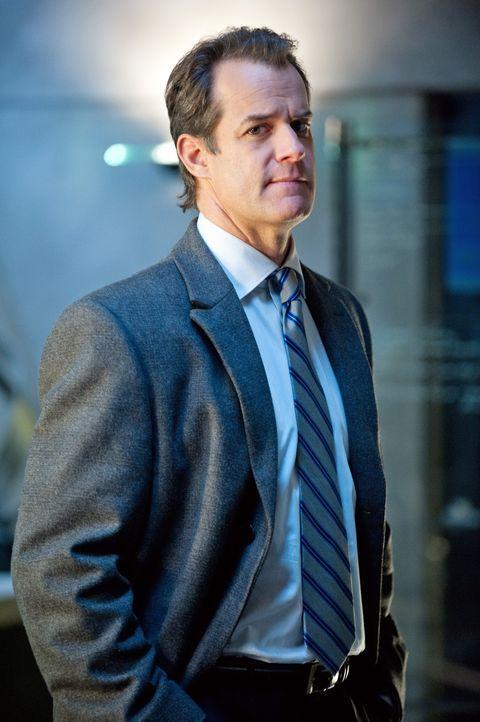 Ist Agent Martin Danberg (Josh Stamberg) der Maulwurf? - Bildquelle: 2012 American Broadcasting Companies, Inc. All rights reserved.