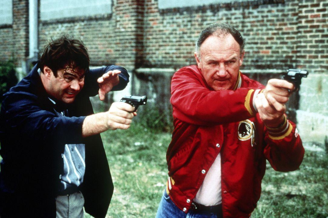 Die beiden ungleichen Partner Mac (Gene Hackman, r.) und Ellis (Dan Aykroyd, l.) werden nach anfänglichen Schwierigkeiten zu einem unschlagbaren Te... - Bildquelle: TriStar Pictures