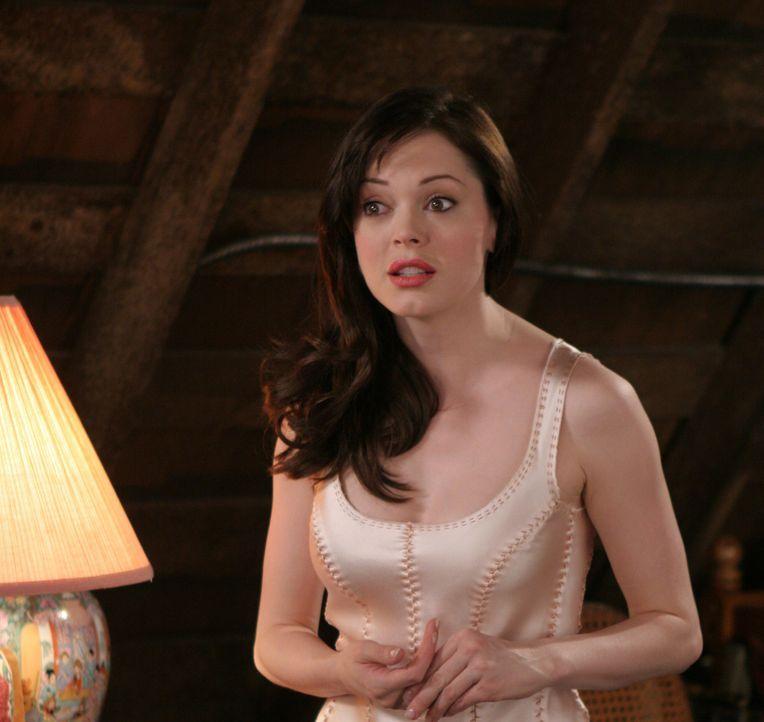 Im Kampf gegen das Böse: Paige (Rose McGowan) ... - Bildquelle: Paramount Pictures
