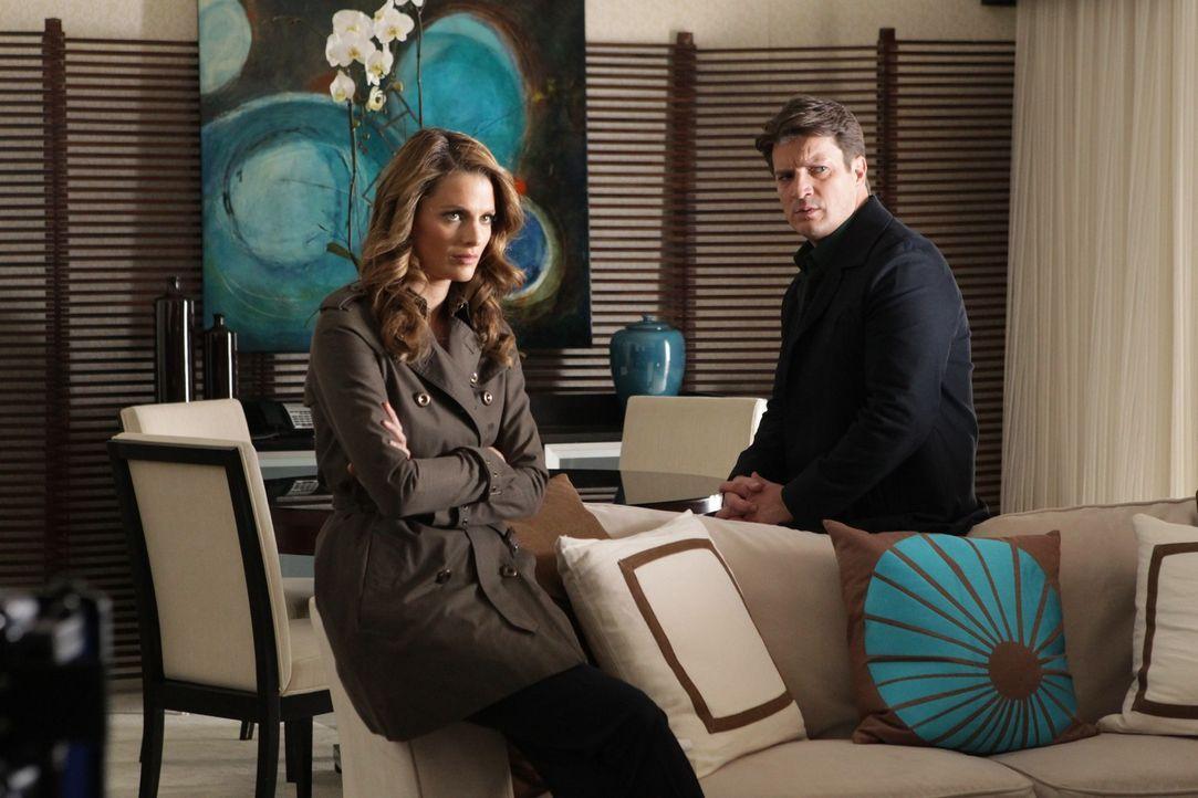 Nach dem Mord an einem englischen Topmodel haben Richard Castle (Nathan Fillion, r.) und Kate Beckett (Stana Katic, l.) schon bald einen Verdächtige... - Bildquelle: 2012 American Broadcasting Companies, Inc. All rights reserved.