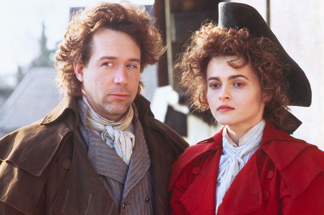Henry (Tom Hulce, l.); Elizabeth (Helena Bonham Carter, r.) - Bildquelle: 1994 TriStar/JSB Productions, Inc. All Rights Reserved.