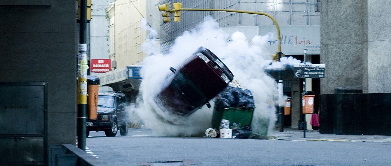 Nach der missglückten Geldübergabe beginnt eine rasante Verfolgungsjagd durch die Straßen von Buenos Aires ...