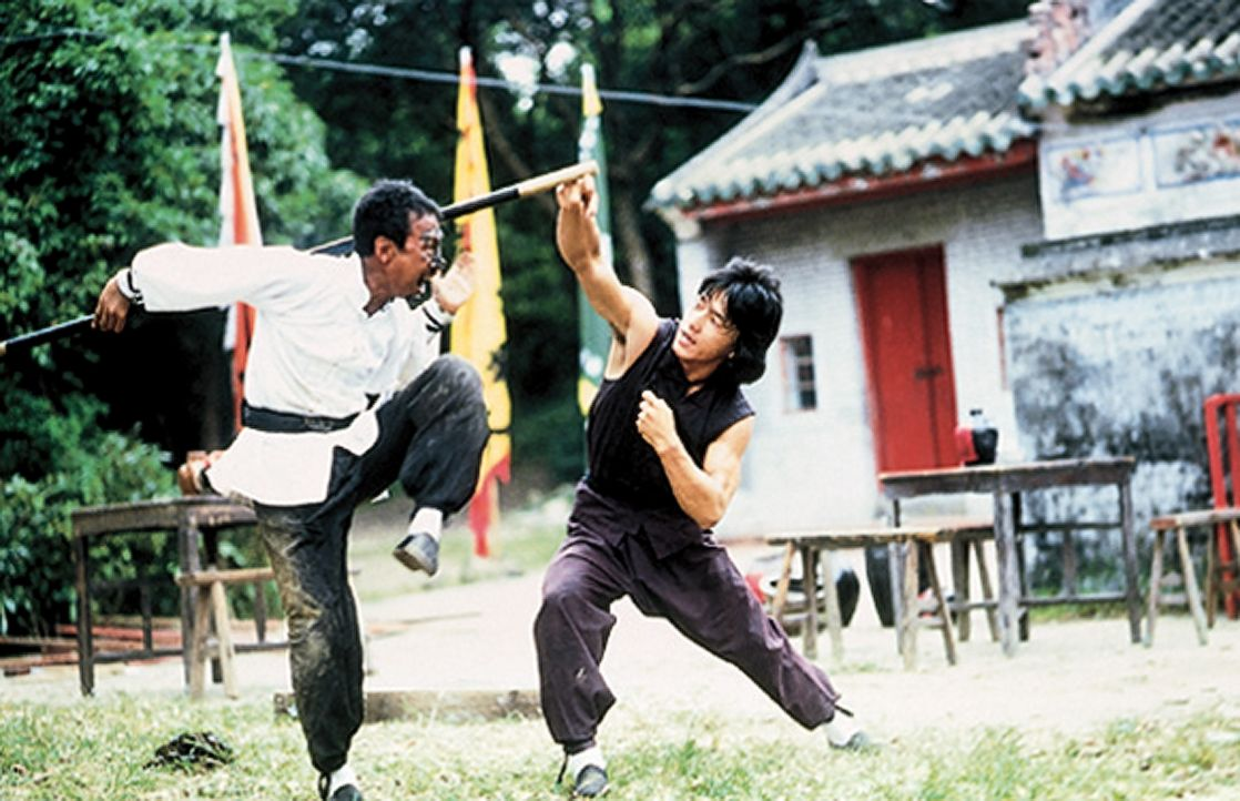 Wong Fei-Hung (Jacky Chan, r.) - Bildquelle: 1978, 1985 Seasonal Film Corporation. All Rights Reserved.