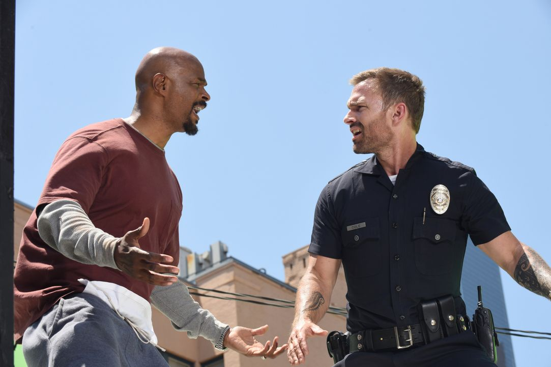 Roger Murtaugh (Damon Wayans, l.); Wesley Cole (Seann William Scott, r.) - Bildquelle: 2018 Warner Bros. Entertainment Inc. All Rights Reserved.