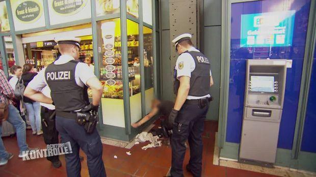 Achtung Kontrolle - Achtung Kontrolle! - Thema U.a.: Viel Lärm Um Ein Brötchen - Bundespolizei Hamburg