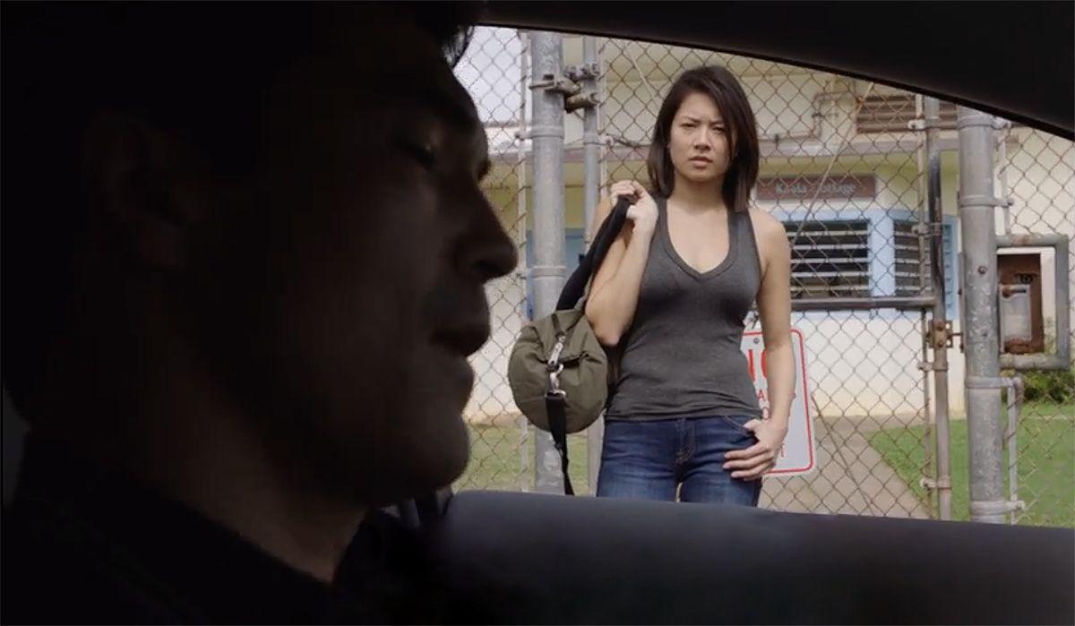 Für seine Mission rekrutiert Adam (Ian Anthony Dale, l.) eine neue Informantin: Jessie Nomura (Christine Ko, r.) ... - Bildquelle: 2017 CBS Broadcasting, Inc. All Rights Reserved