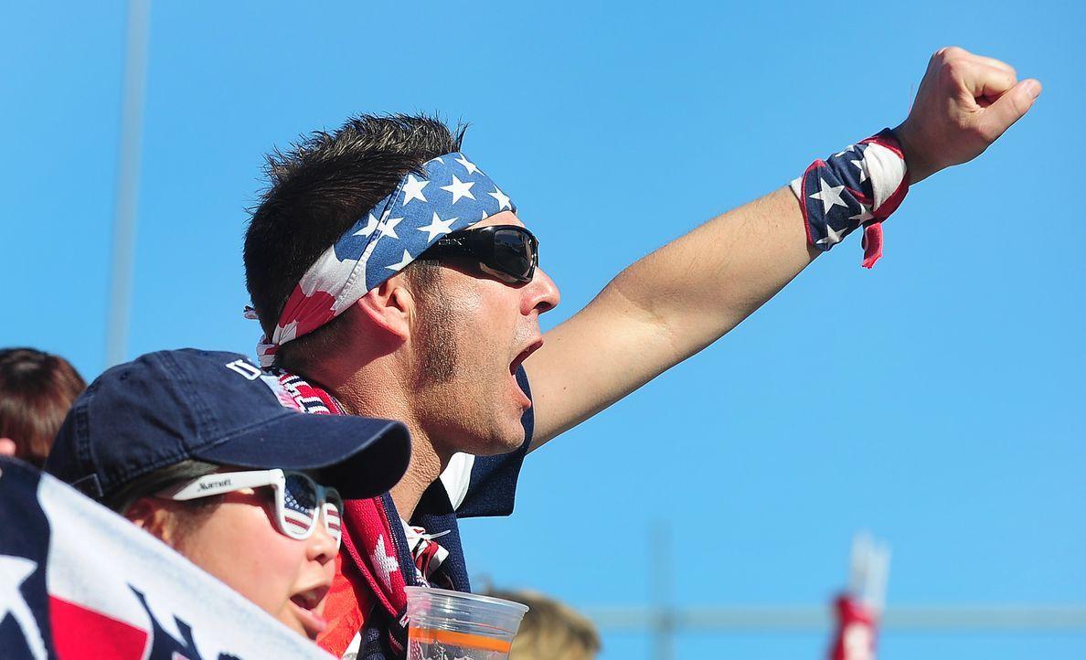 WM-Fussball-Fans-USA-140201-2-AFP - Bildquelle: AFP