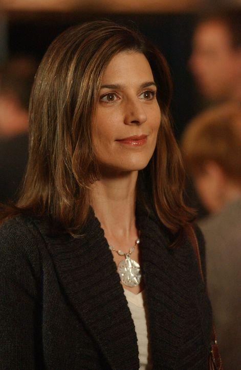 Empfindet Karen (Perrey Reeves) immer noch etwas für Jake? - Bildquelle: Paramount Network Television