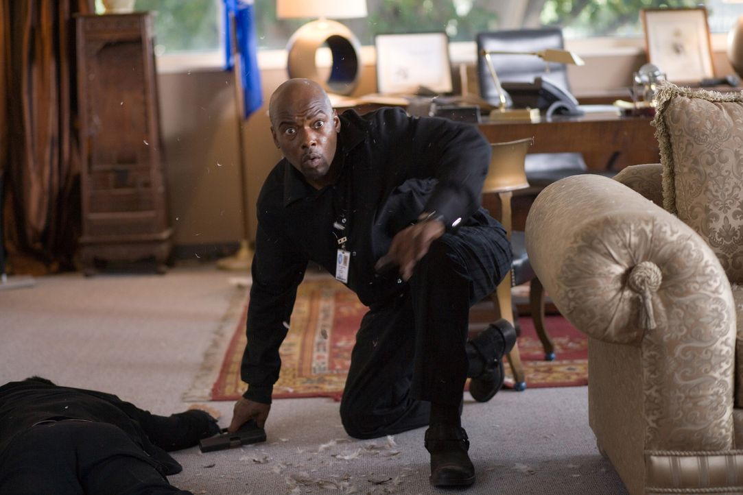 """Im Kreuzfeuer: Neil Shaw (Anthony """"Treach"""" Criss) ... - Bildquelle: 2009 Sony Pictures Home Entertainment Inc. All Rights Reserved."""