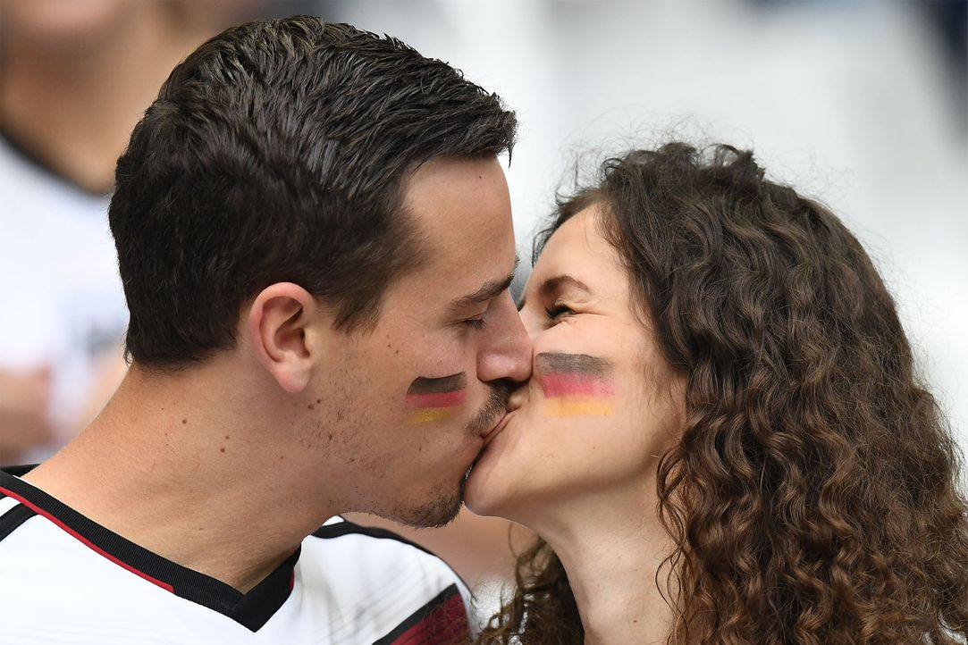 German_Kiss_000_BZ52W_FRANCK FIFE_AFP - Bildquelle: AFP / FRANCK FIFE