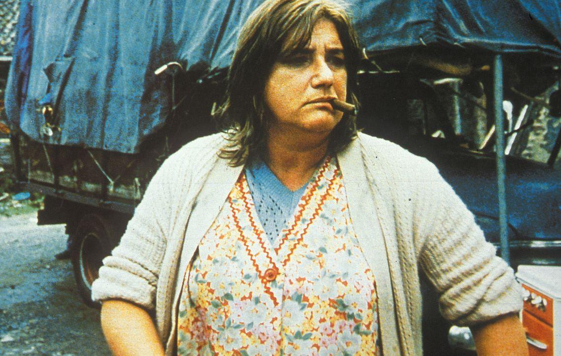 Ma Flodder (Nelly Frijda) und ihre chaotische, aber liebenswerte Brut halten das Nobelviertel ständig in Atem ... - Bildquelle: Concorde Filmverleih GmbH