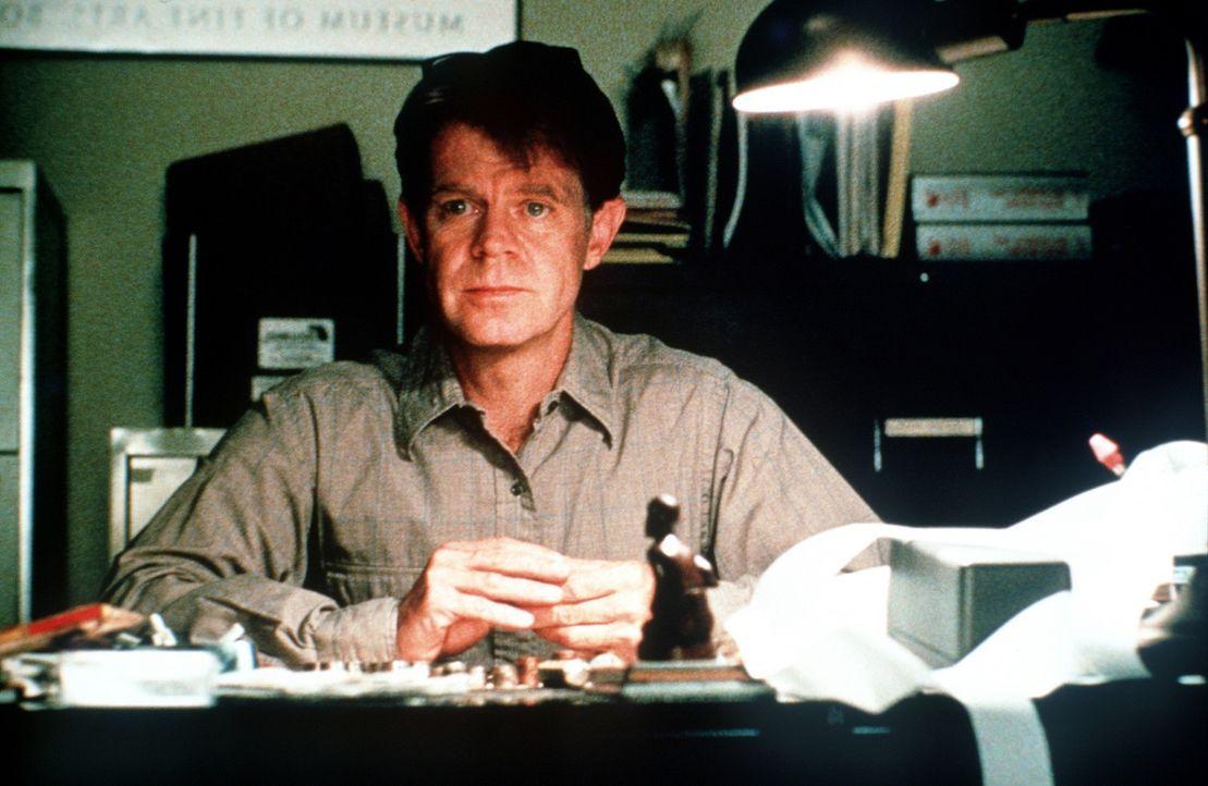 Der Prozess fordert von den Beteiligten alles: der verzweifelte Buchhalter James Gordon (William H. Macy) ... - Bildquelle: Paramount Pictures