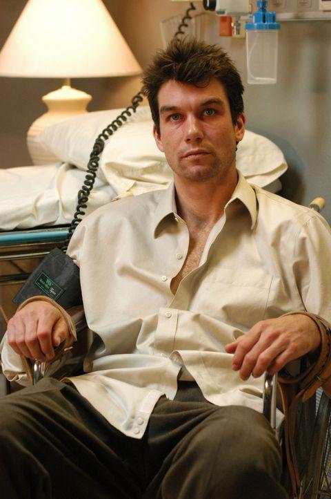 Weil er für sich und seine Umwelt eine Gefahr darstellt, wir der an Schizophrenie leidende Joe Gibson (Jerry O'Connell) in die Klinik eingewiesen ... - Bildquelle: Warner Bros. Entertainment Inc.