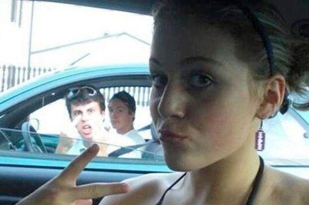 160427_Selfies_Bildergalerie_b7_Twitter_StupidSeIfies.jpg - Bildquelle: Twitter: StupidSelfies