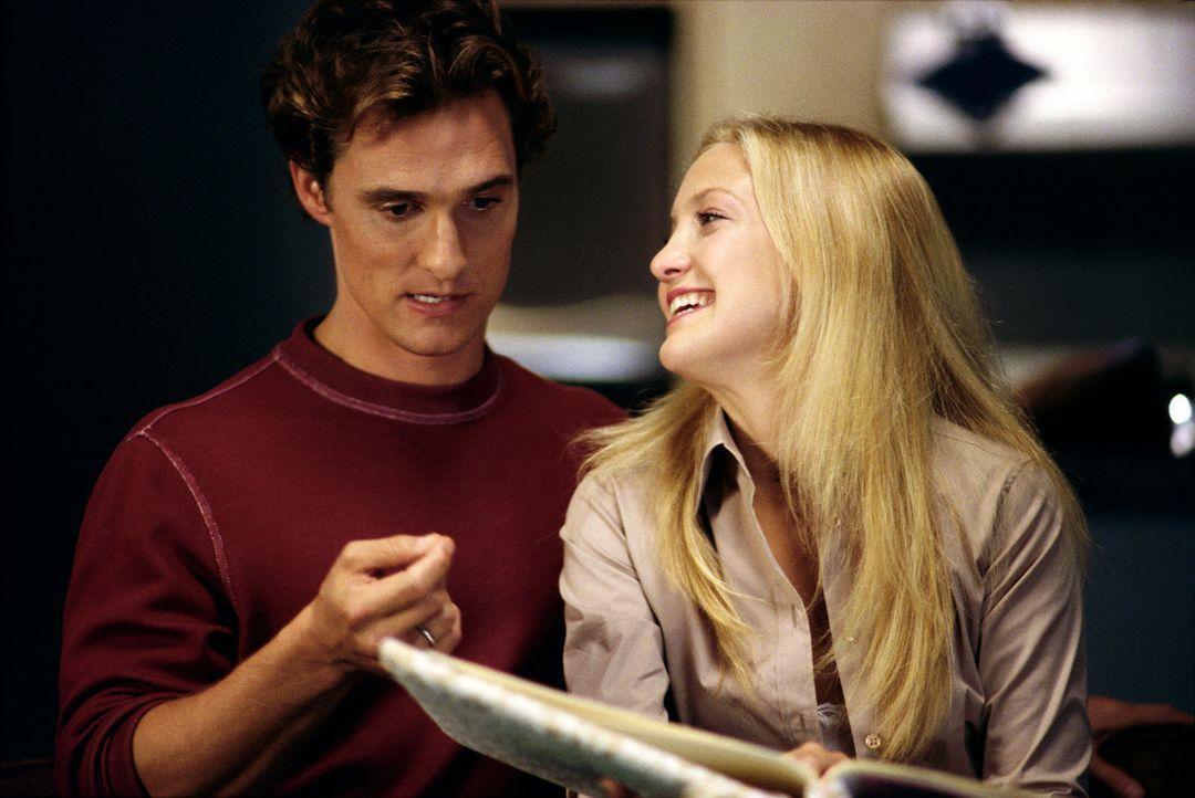 Nach und nach kommen sich Andie (Kate Hudson, r.) und Ben (Matthew McConaughey, l.) näher - und verlieben sich ineinander. Doch der Tag der Entsche... - Bildquelle: Paramount Pictures