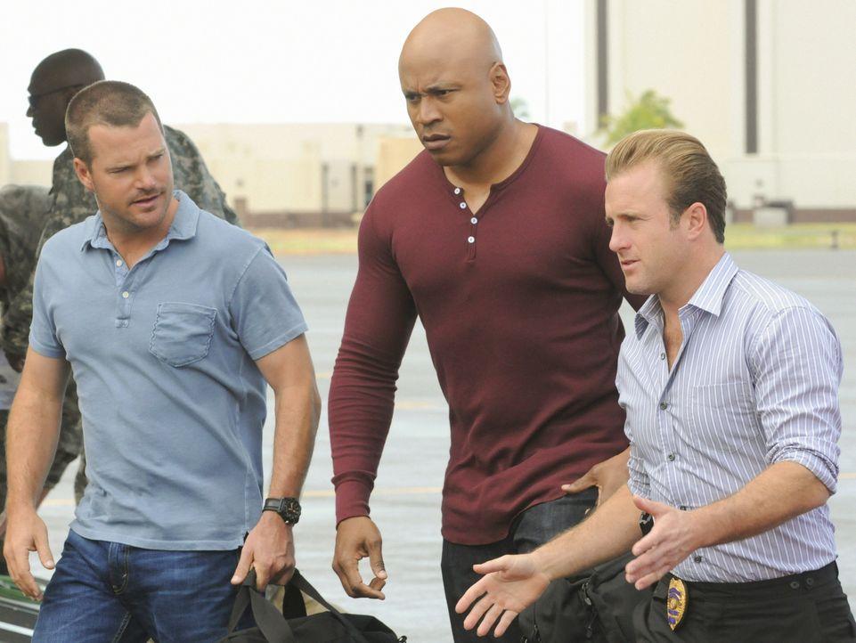 Gemeinsam ermitteln sie in einem Fall: Callen (Chris O'Donnell, l.), Sam (LL Cool J, M.), und Danny (Scott Caan, r.) ... - Bildquelle: TM &   CBS Studios Inc. All Rights Reserved.