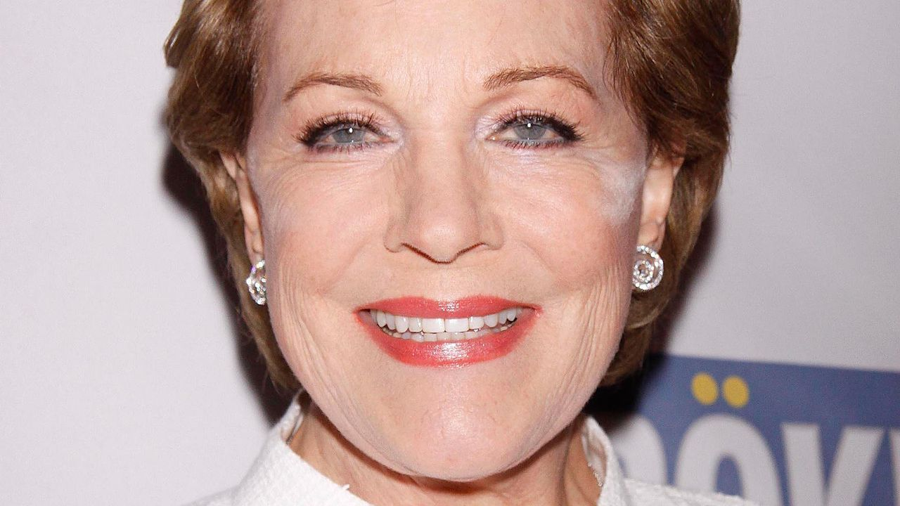 Julie Andrews - Bildquelle: Joseph Marzullo/WENN.com