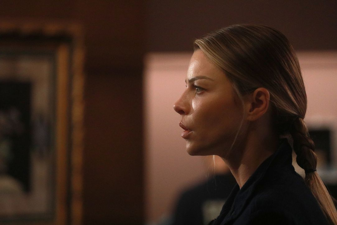 Chloe (Lauren German) - Bildquelle: Jordin Althaus 2017 Fox Broadcasting Co. / Jordin Althaus