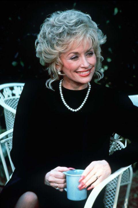 In Truvy Jones' (Dolly Parton) Friseur- und Kosmetiksalon von Chinquapin trifft sich Gott und die Welt, und der neuste Klatsch und Tratsch wird ausg... - Bildquelle: TriStar Pictures