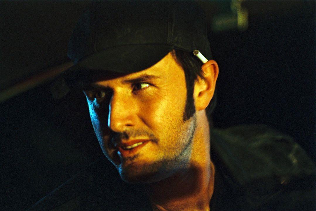 Der Fahrer des Mustangs, George Staub (David Arquette), ist bereist gestorben, dennoch muss er noch eine Aufgabe auf Erden erfüllen: Er muss einen M... - Bildquelle: ApolloMedia