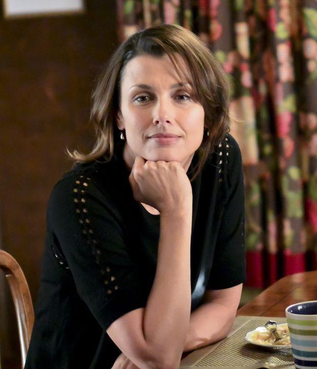 Erin (Bridget Moynahan) ist im Kreis ihrer Familie glücklich ... - Bildquelle: 2013 CBS Broadcasting Inc. All Rights Reserved.