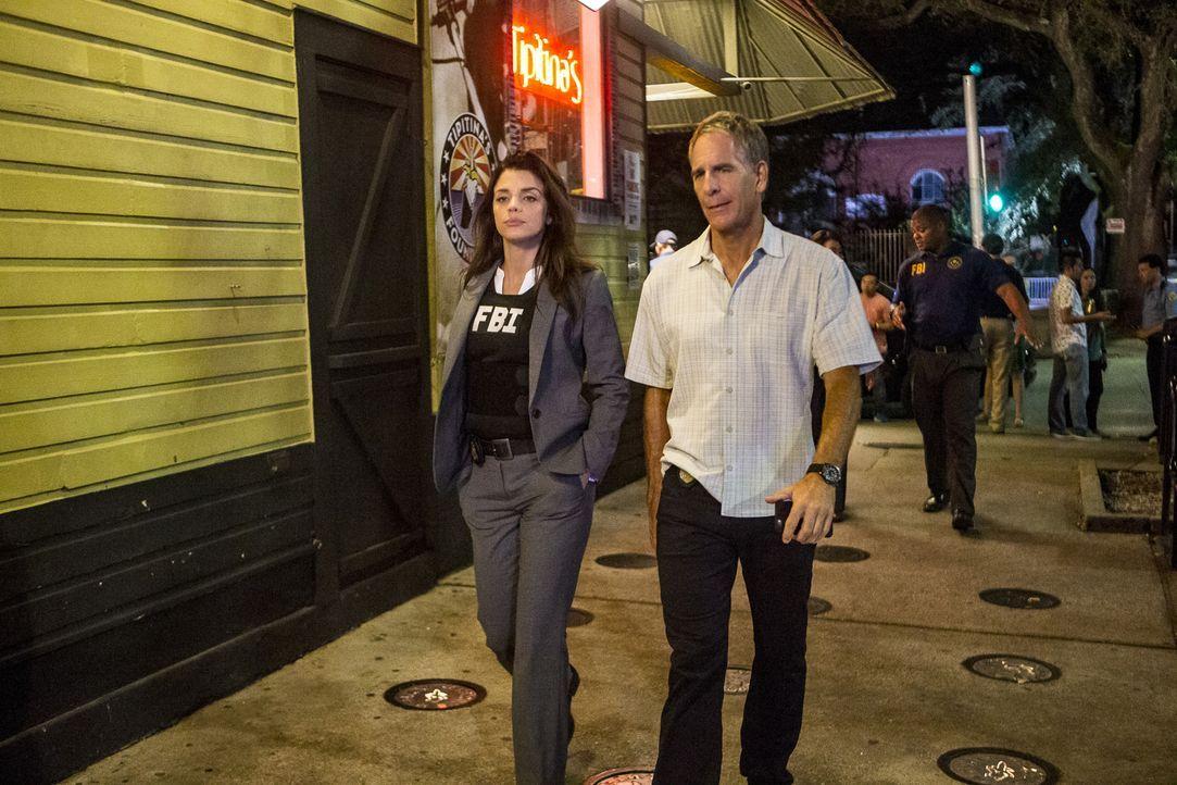 Pride (Scott Bakula, r.) legt sich mit dem FBI inklusive Gregorio (Vanessa Ferlito, l.) an, um einem alten Bekannten zu helfen. Blöd nur, dass diese... - Bildquelle: Skip Bolen 2016 CBS Broadcasting, Inc. All Rights Reserved