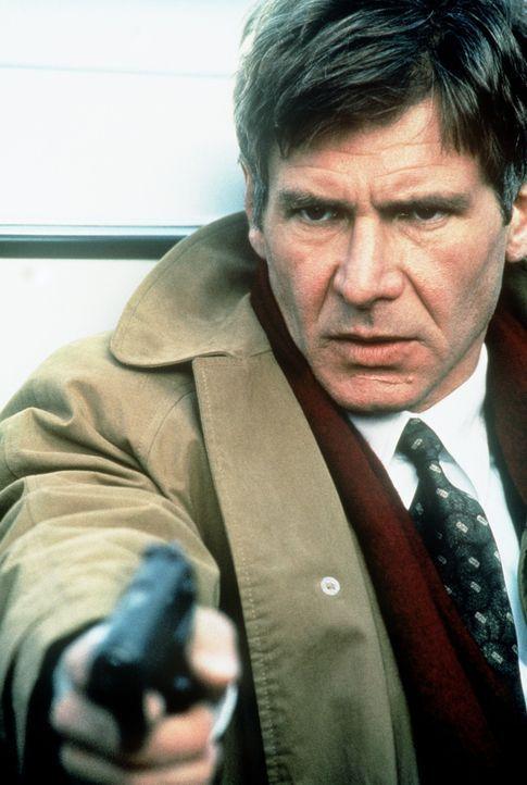 Ex-CIA-Agent Jack Ryan (Harrison Ford) muss sich auf seine ehemaligen Kenntnisse besinnen: ausgerechnet bei einem Terroranschlag auf einen Cousin de... - Bildquelle: Paramount Pictures