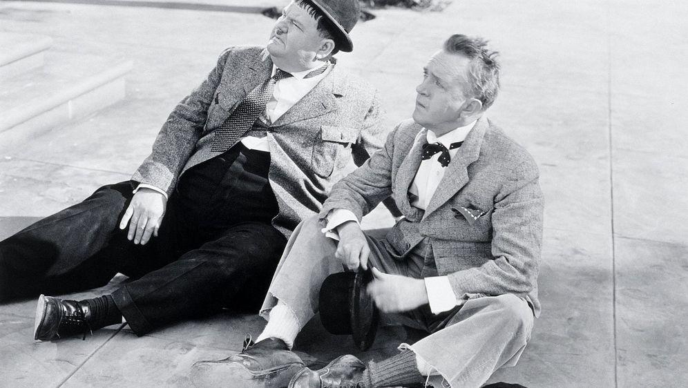 Dick und Doof - Fauler Zauber - Bildquelle: 1942 Twentieth Century Fox Film Corporation.