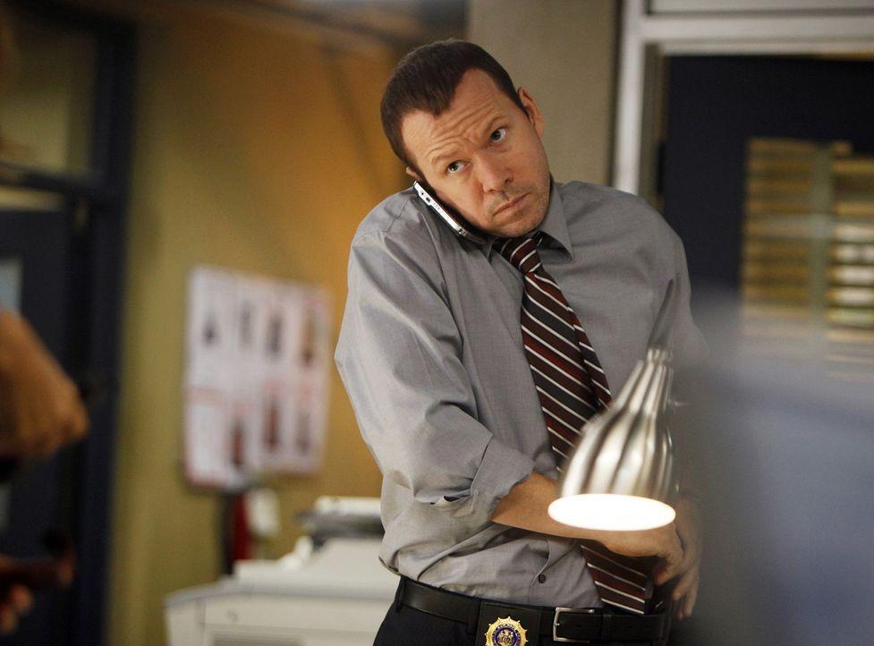 Danny Reagan (Donnie Wahlberg) kommt bei Ermittlungen in Chinatown Babyhändlern auf die Spur, die mit besonders brutalen Methoden arbeiten. - Bildquelle: 2010 CBS Broadcasting Inc. All Rights Reserved
