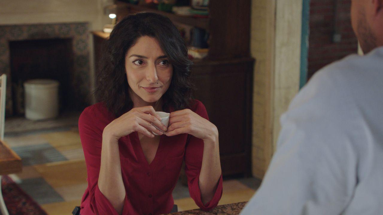 Hannah Khoury (Necar Zadegan) - Bildquelle: 2021 CBS Broadcasting Inc. All Rights Reserved.