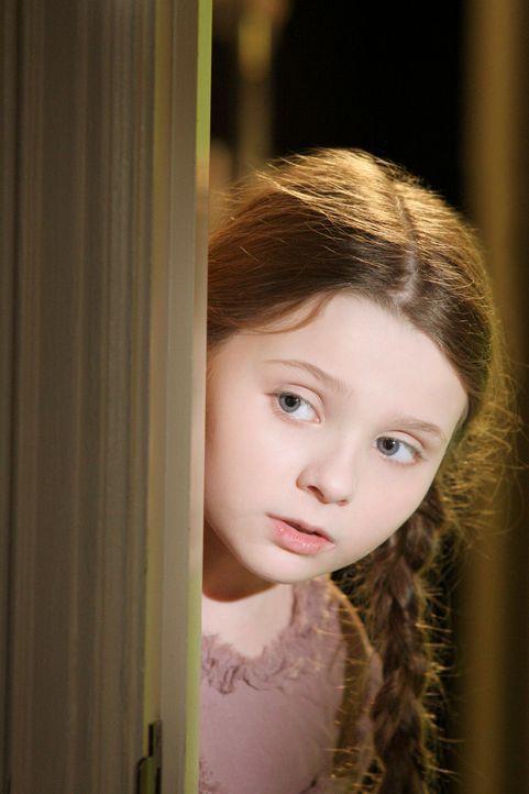Aus Sorge um ihre Eltern kann die kleine Sarah Applewhite (Abigail Breslin) nicht ins Jenseits hinübergehen ... - Bildquelle: ABC Studios